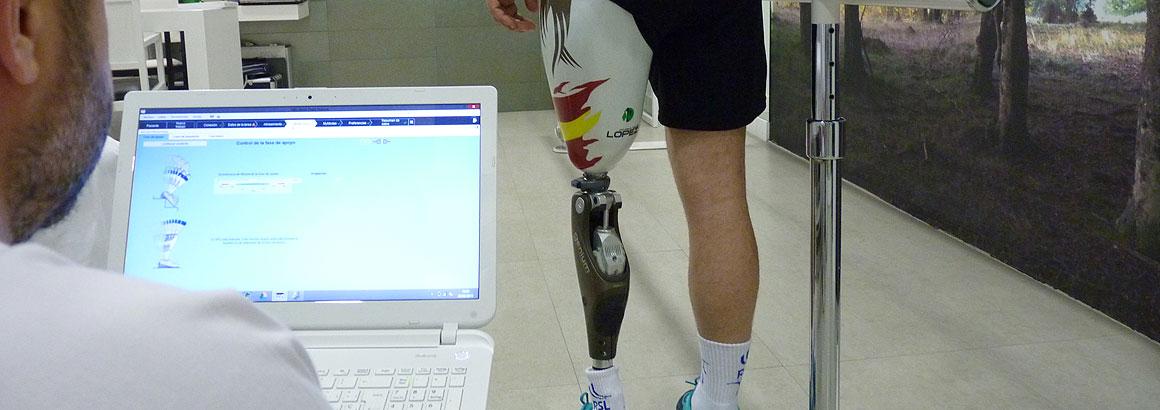 Sistema biónico de prótesis de pierna controlada por microprocesadores