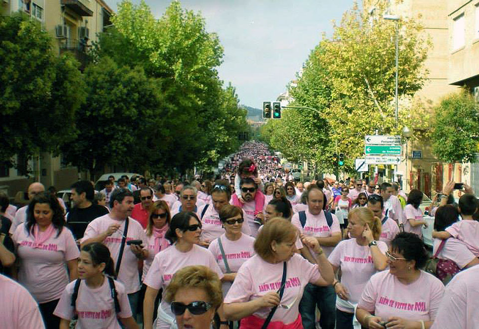AJICAM - Jaén se viste de rosa