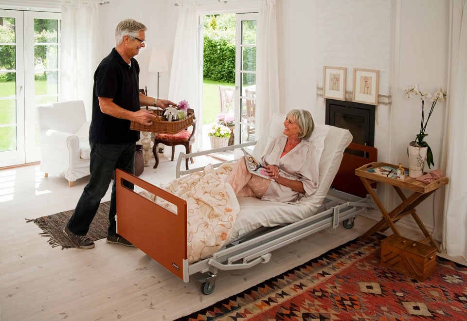 Ayudas Técnicas. Camas articulas para personas que han de permanecer en cama durante largos periodos de tiempo.