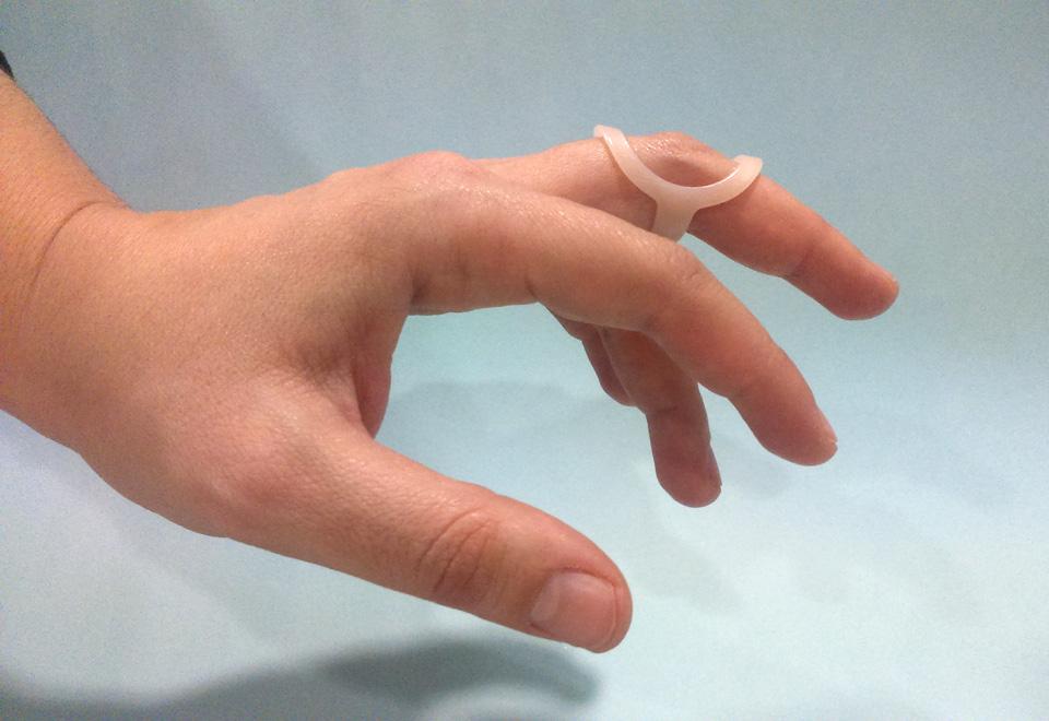 Férula en flexión para dedo en cuello de cisne