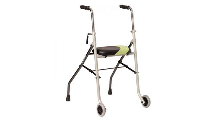 Andador Invacare Actio2 con asiento
