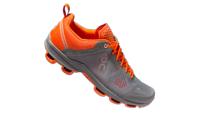 Zapatilla deportiva on running CloudSurfer Rock/Orange